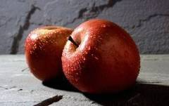 Enjuage anticaspa casero a base de vinagre de manzanas